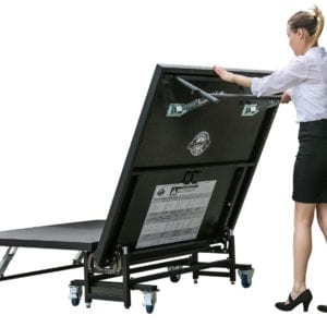 Easy Roll-in-Roll-out Stage